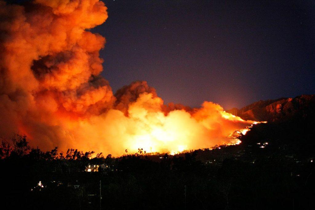 La Regione dichiara lo stato di massima pericolosità per gli incendi boschivi